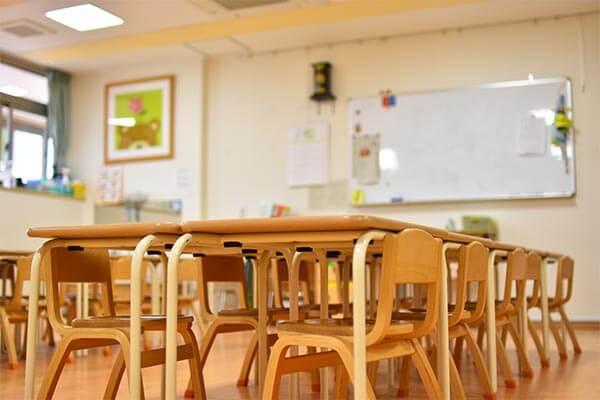大阪府大東市の幼稚園保育園こども園の施設案内の教室