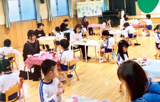 大阪府大東市の住道こども園の年間行事3月の年間予定 ひな祭り会 会食会(5歳児)卒園式
