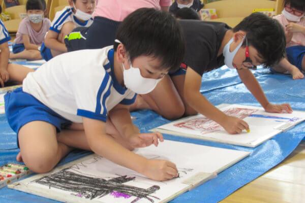 大阪府大東市の幼稚園保育園こども園の課外教室 絵画教室